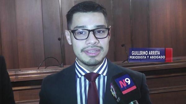 EL DR. GUILLERMO ARRIETA RECIBIÓ SU TÍTULO   CORRIENTES   12.07